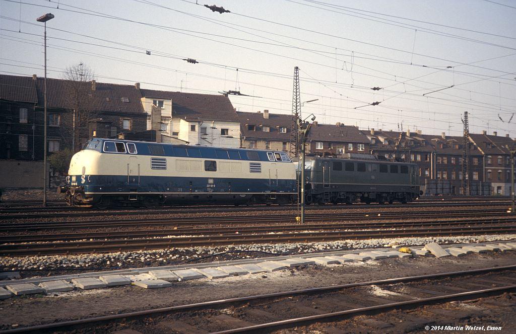 http://www.eisenbahnhobby.de/Oberhausen/148-9_221101-140549_OB-Osterfeld-Sued_15-4-80_S.jpg