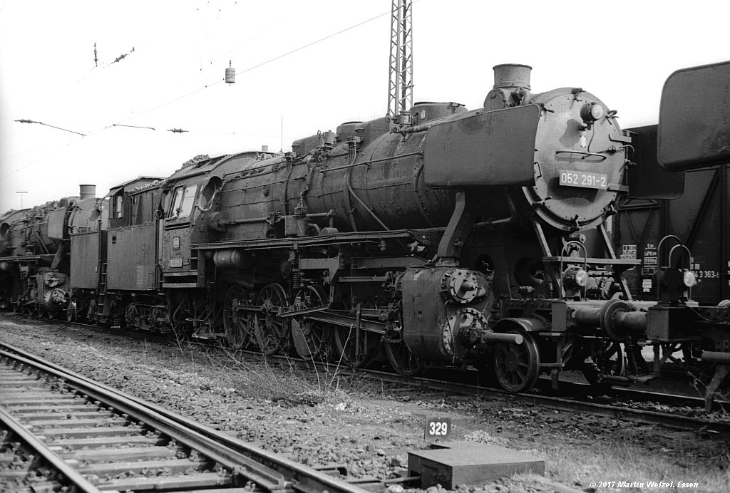 http://www.eisenbahnhobby.de/Oberhausen/SW279-27_052291_OB-OsterfeldSued_22-4-73_S.jpg