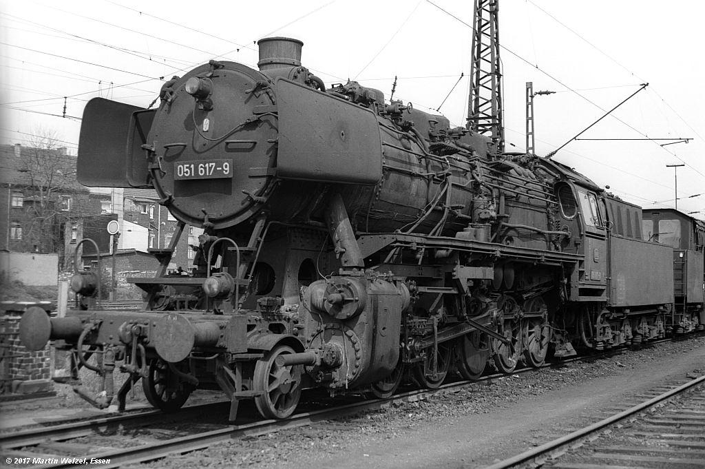 http://www.eisenbahnhobby.de/Oberhausen/SW279-29_051617_OB-OsterfeldSued_22-4-73_S.jpg
