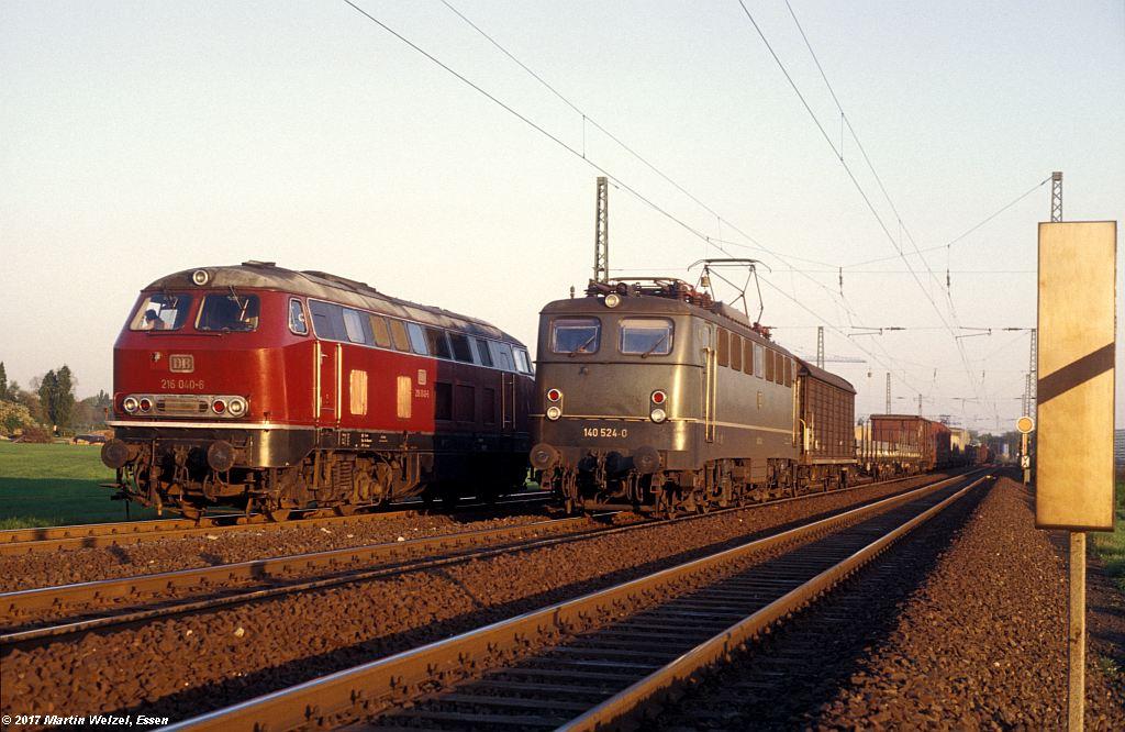 http://www.eisenbahnhobby.de/Ratingen/153-20_216040_140524_Abzw-Tiefenbroich_13-5-80_S.jpg