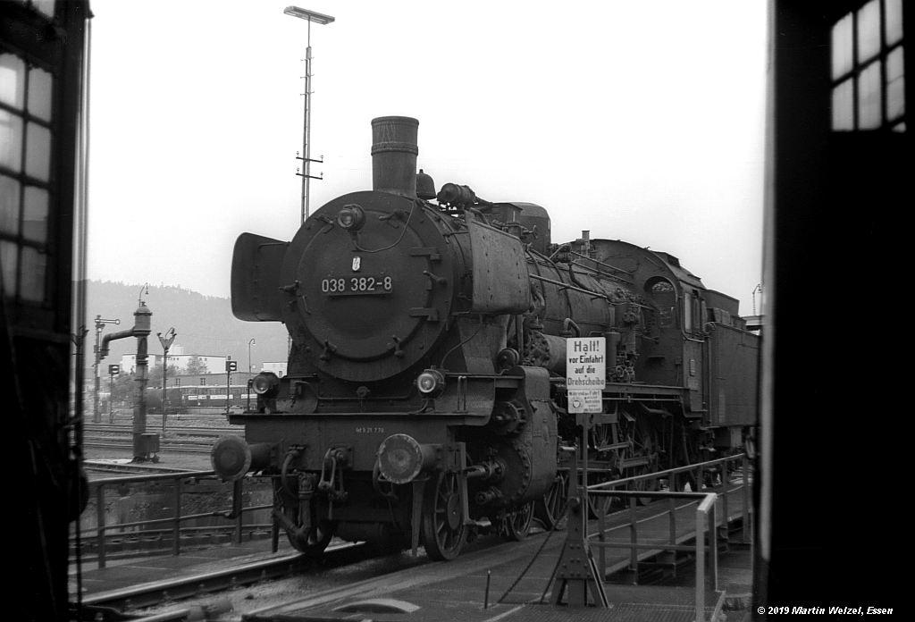 http://www.eisenbahnhobby.de/Rottweil/SW365-14_038382_Rottweil_1973-08-18_S.jpg