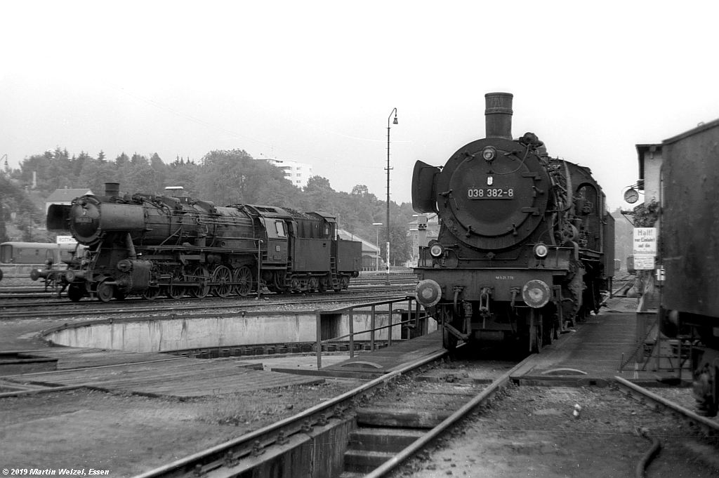http://www.eisenbahnhobby.de/Rottweil/SW365-15_050202-038382_Rottweil_1973-08-18_S.jpg