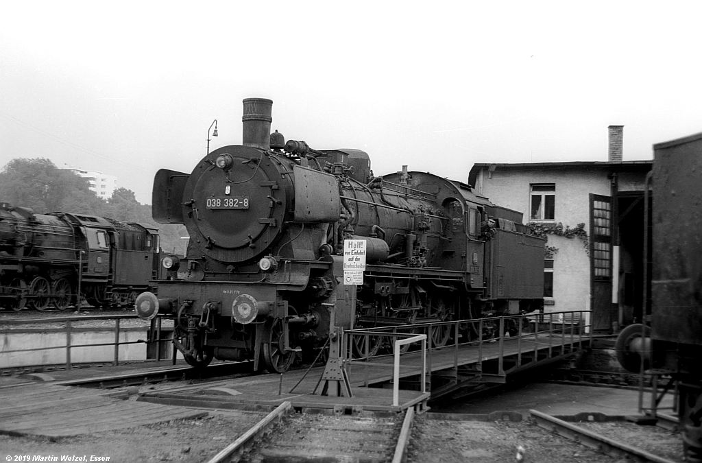 http://www.eisenbahnhobby.de/Rottweil/SW365-16_038382_Rottweil_1973-08-18_S.jpg