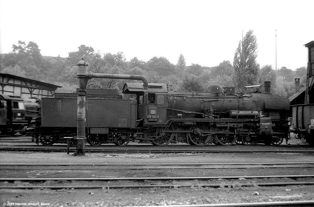 http://www.eisenbahnhobby.de/Rottweil/SW365-26_038382_Rottweil_1973-08-18_S.jpg