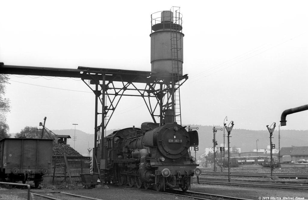 http://www.eisenbahnhobby.de/Rottweil/SW371-32_038382_Rottweil_1973-08-18_S.jpg
