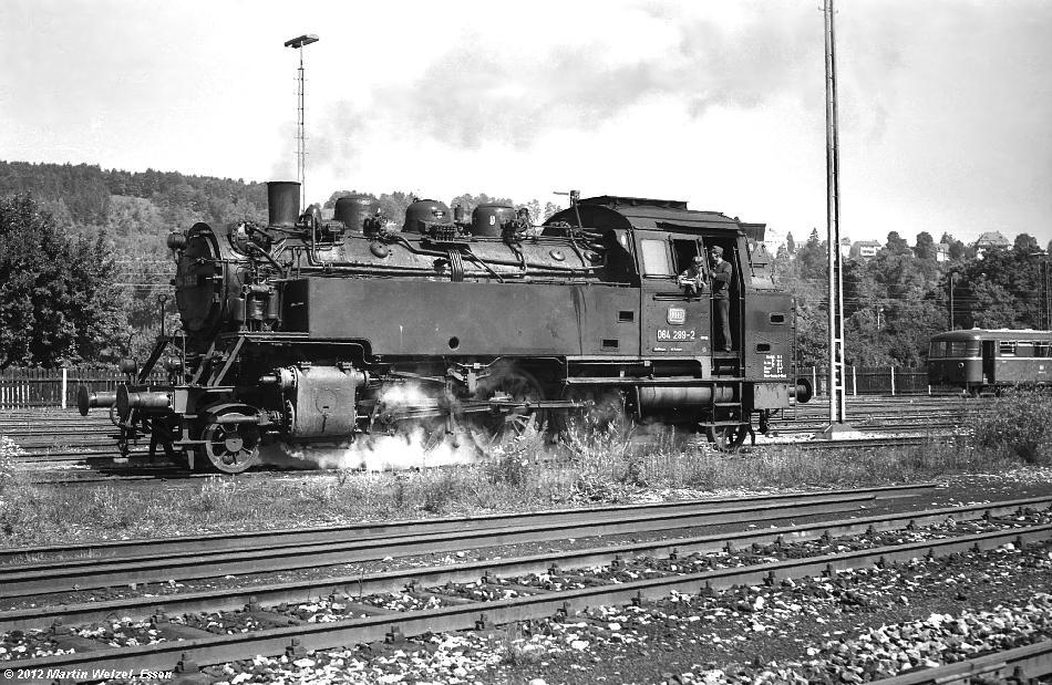 http://www.eisenbahnhobby.de/Sueddt70/SW10-16_064289_Tuebingen_28-7-70_S.JPG