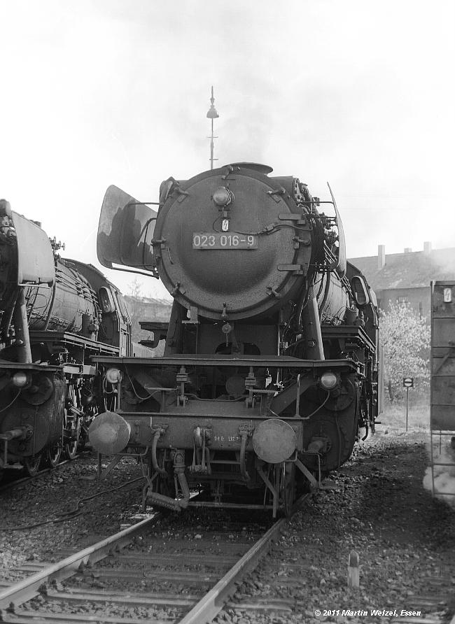 http://www.eisenbahnhobby.de/Sueddt73/SW306-11_023016_Crailsheim_3-5-73_S.JPG