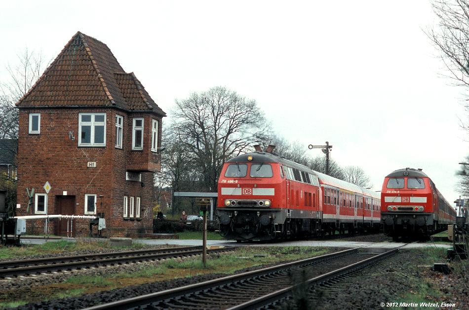 http://www.eisenbahnhobby.de/Unterelbe/744-42_218486_218474_Himmelpforten_18-4-06_S.JPG