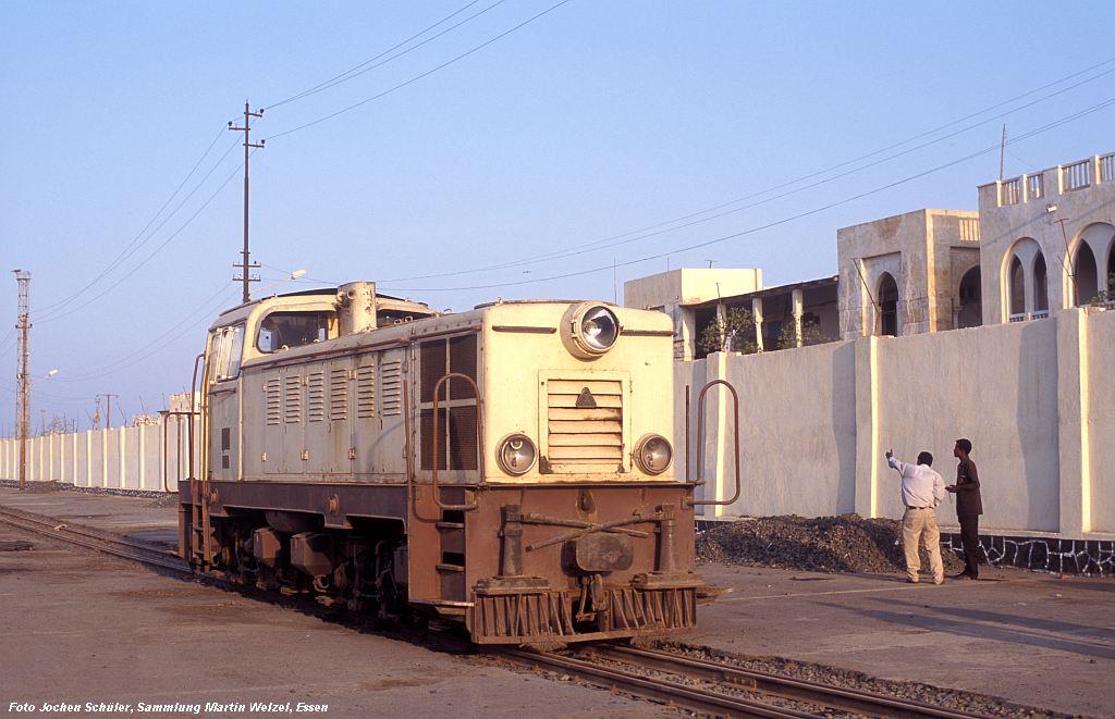 http://www.eisenbahnhobby.de/Versch/822-25_Eritrea-27D_Massawa-Hafen_6-11-06_S.jpg