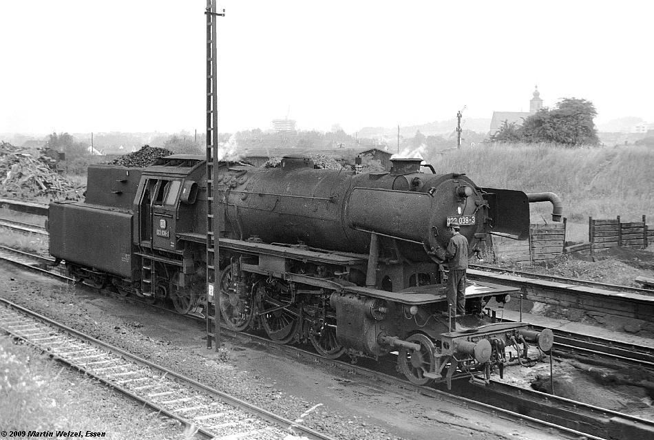 http://www.eisenbahnhobby.de/Voelkl-Sueddt/SW558-21_023038_Crailsheim_10-7-74_S.JPG
