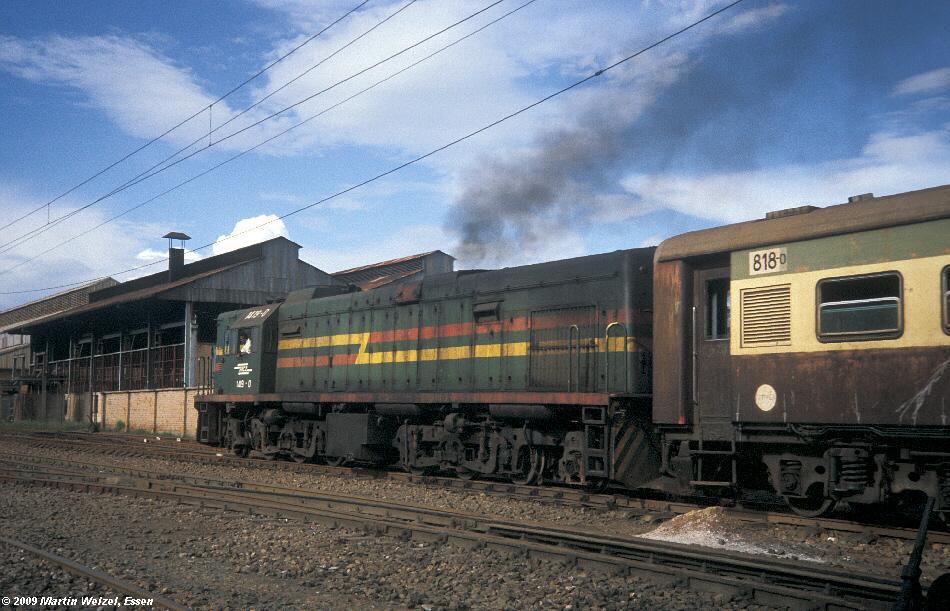 http://www.eisenbahnhobby.de/Zaire/260-12_SNCZ1419_Lubumbashi_21-1-91_S.jpg