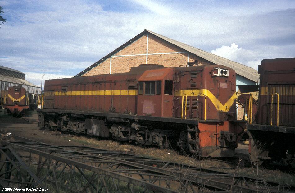 http://www.eisenbahnhobby.de/Zaire/260-14_ONATRA32-058_Lubumbashi_21-1-91_S.jpg
