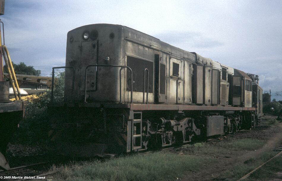 http://www.eisenbahnhobby.de/Zaire/260-9_SNCZ1315_Lubumbashi_21-1-91_S.jpg