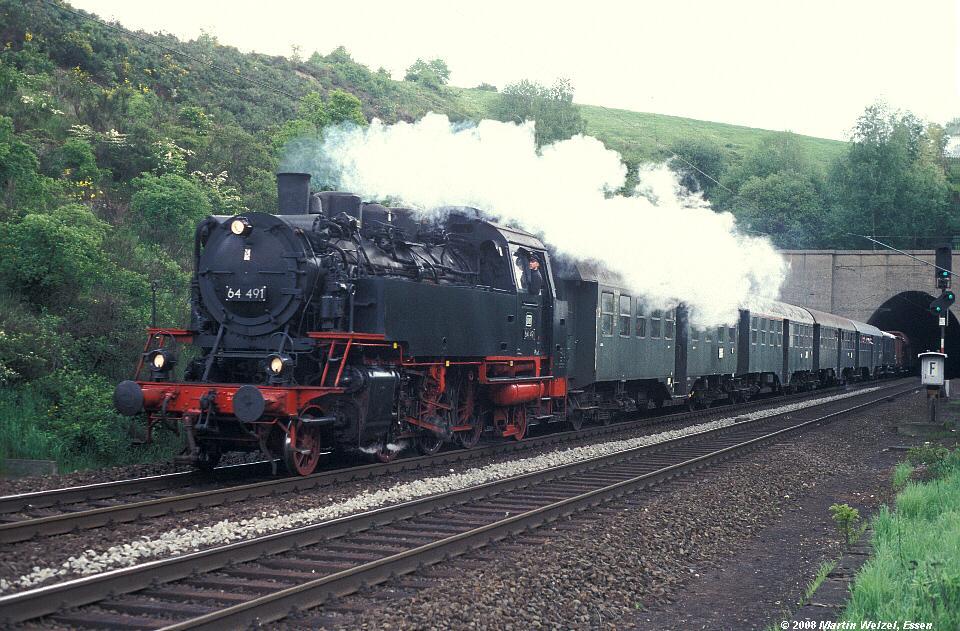 http://www.eisenbahnhobby.de/alsdorf/283-17_64491_Eilendorf_13-5-95_S.jpg