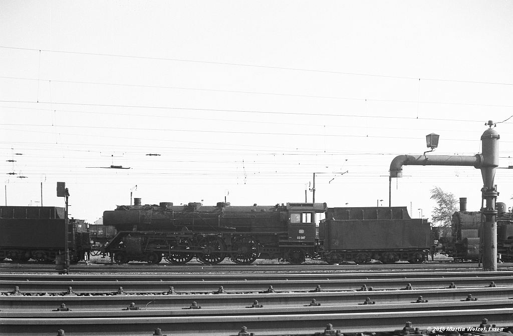 http://www.eisenbahnhobby.de/altebilder/SW2a-7_03087_Hohenbudberg_12-5-69_S.jpg