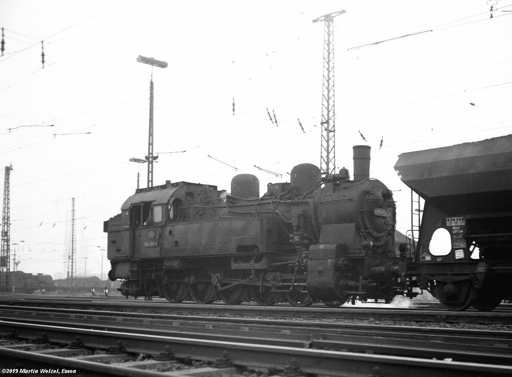 http://www.eisenbahnhobby.de/altebilder/SW2b-2_094001_Hohenbudberg_12-5-69_S.jpg