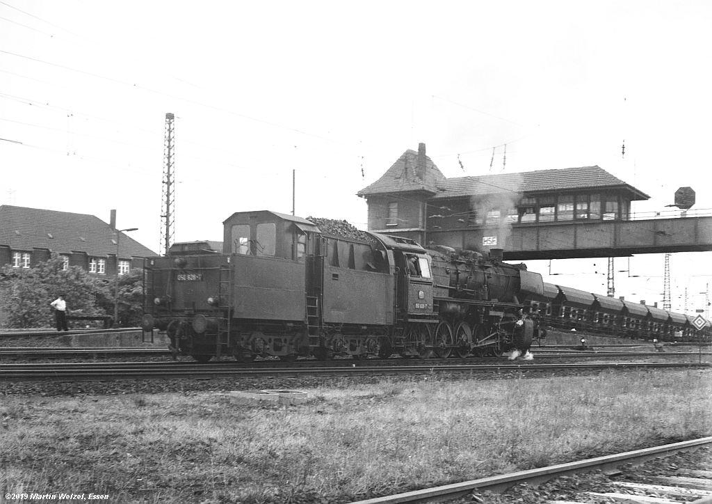http://www.eisenbahnhobby.de/altebilder/SW2c-7_050826_Hohenbudberg_HSF_27-5-69_S.jpg