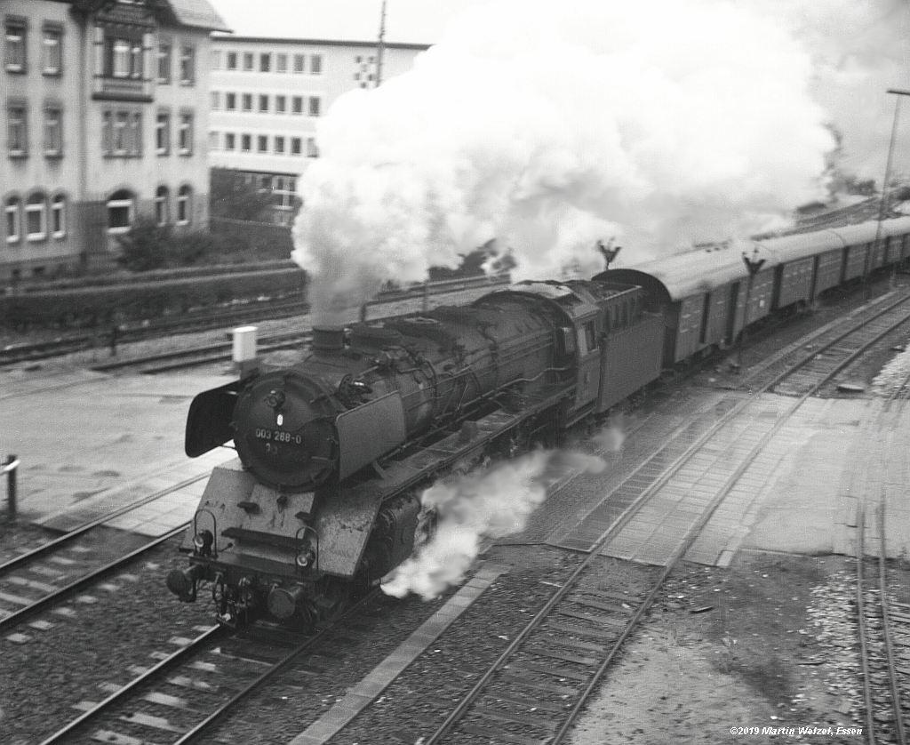 http://www.eisenbahnhobby.de/altebilder/SW2d-1_003268_Aalen_19-10-70_S.jpg