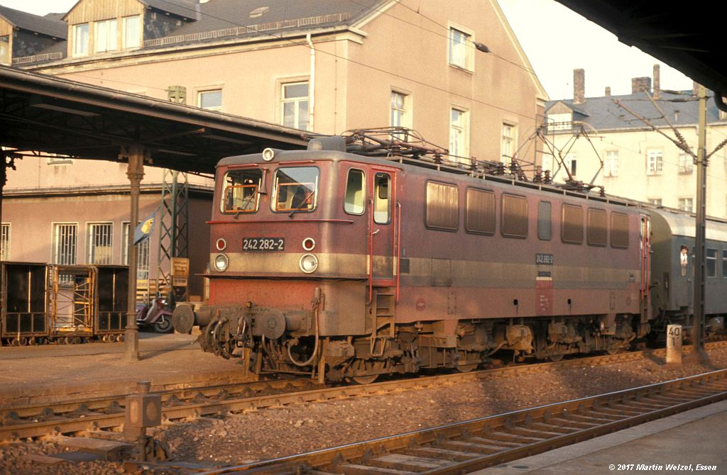 http://www.eisenbahnhobby.de/dr/85-31_242282_Freiberg_8.10.77_S.jpg