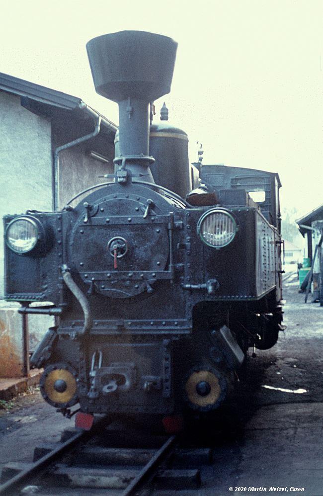 http://www.eisenbahnhobby.de/garmisch/44-17_ZB2_Jenbach_27-9-76_S.jpg