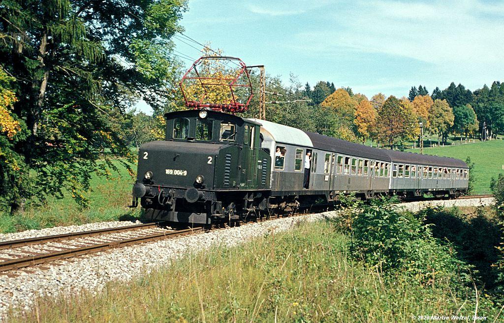 http://www.eisenbahnhobby.de/garmisch/44-4_169004_Seeleiten-Berggeist_27-9-76_S.jpg