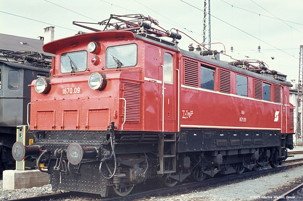 http://www.eisenbahnhobby.de/garmisch/46-10_1670-09_Woergl_30-9-76_S.jpg