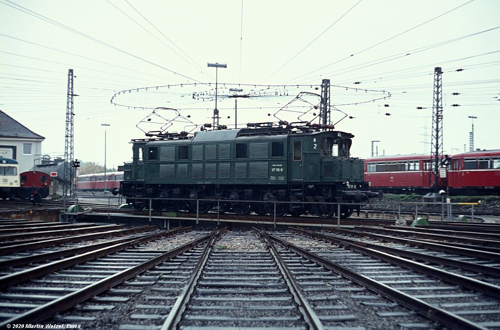 http://www.eisenbahnhobby.de/garmisch/47-36_117115_Augsburg_2-10-76_S.jpg