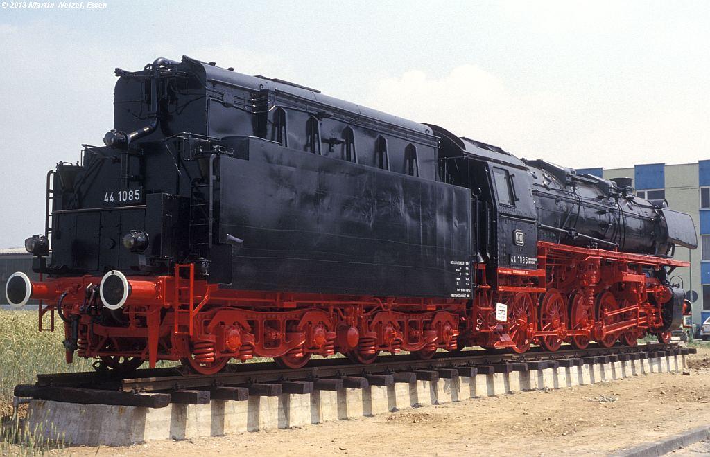 http://www.eisenbahnhobby.de/gremberg/127-17_441085_Gremberg-Industriestr_4-7-79_S.jpg