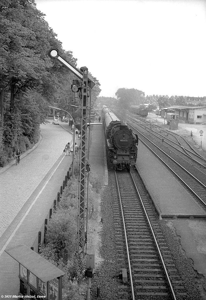 http://www.eisenbahnhobby.de/heide1972/SW89-64_012104_Glueckst_28.6.72_S.jpg
