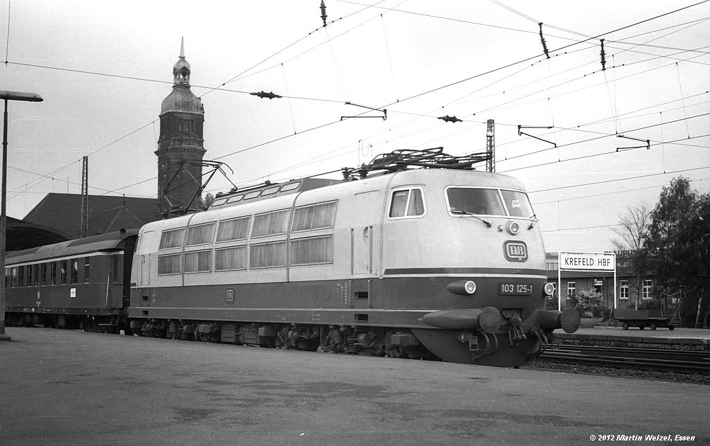 http://www.eisenbahnhobby.de/krefeld/SW14-44_103125_KrefeldHbf_17-6-71_S.jpg