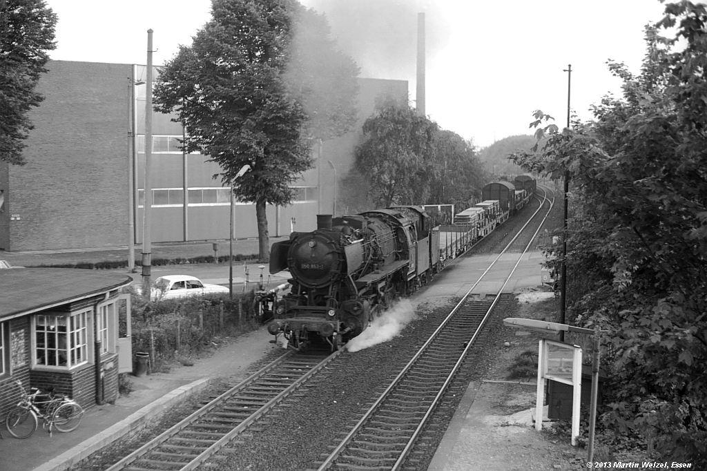 http://www.eisenbahnhobby.de/krefeld/SW530-35_050853_Krefeld-Stahlwerk_20-5-74_S.jpg