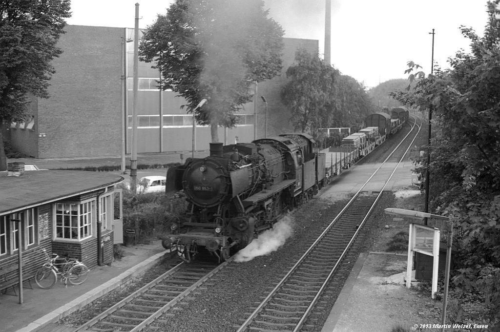 http://www.eisenbahnhobby.de/krefeld/SW530-36_050853_Krefeld-Stahlwerk_20-5-74_S.jpg