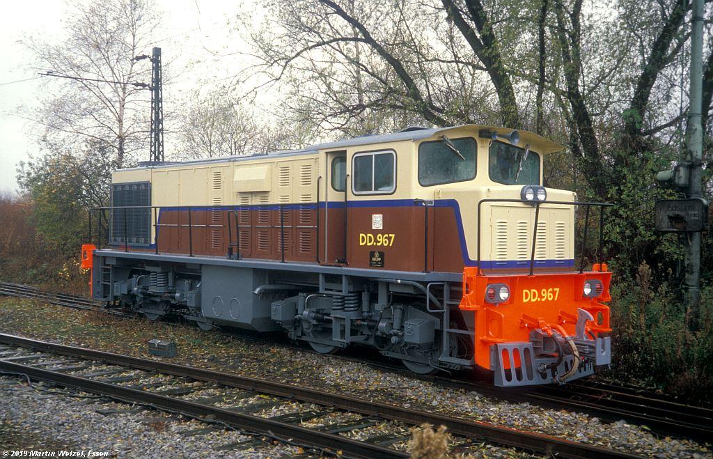 http://www.eisenbahnhobby.de/krupp/245-15_DD967_Essen-Krupp-M1_1987-11-20_S.jpg