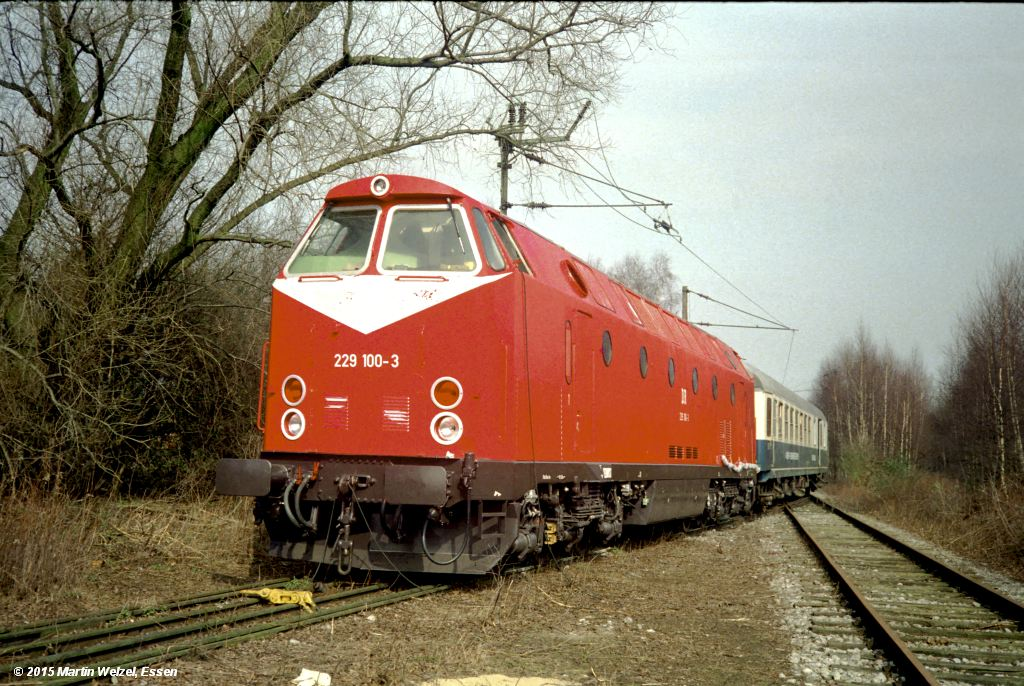 https://www.eisenbahnhobby.de/krupp/FN1104-1_229100_Essen-Krupp-Probestr_18-3-92_S.jpg