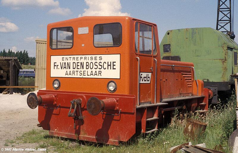 http://www.eisenbahnhobby.de/maldegem/130-25_Ruhrt3153_Maldegem-22-7-79_S.jpg