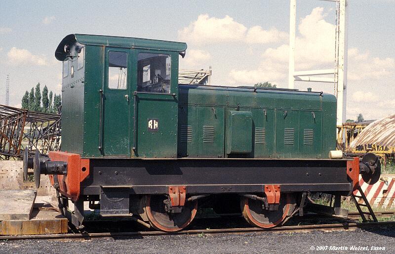 http://www.eisenbahnhobby.de/maldegem/130-28_BrTrComm2588-58_Maldegem-22-7-79_S.jpg