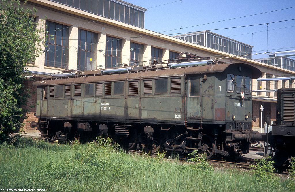 http://www.eisenbahnhobby.de/muenchen/201-29_175009_AW-M-Freimann_1982-05-26_S.jpg