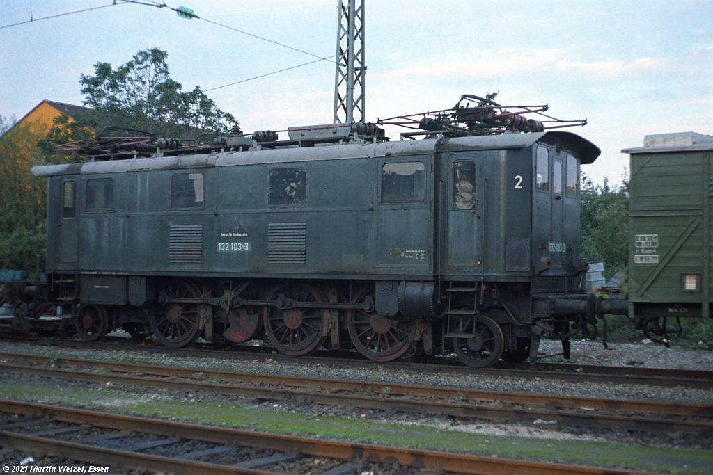 http://www.eisenbahnhobby.de/muenchen/FN397-35_132103_Moosach_22-9-73_S.JPG