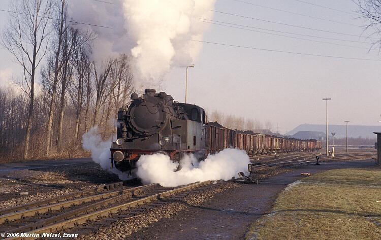http://www.eisenbahnhobby.de/siersdorf/113-19_GEM2_Siersdorf_6.3.79_S.jpg