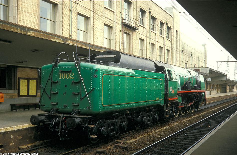 http://www.eisenbahnhobby.de/sncb/231-48_1-002_Bruessel-Nord_24-5-85_S.JPG