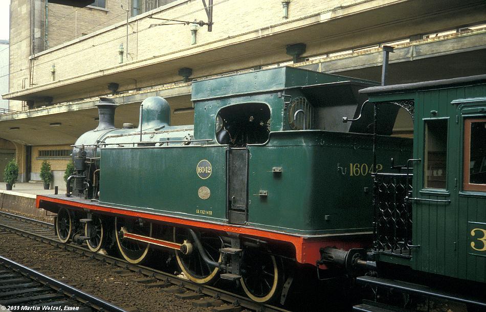 http://www.eisenbahnhobby.de/sncb/232-02_16-042_Bruessel-Nord_24-5-85_S.JPG