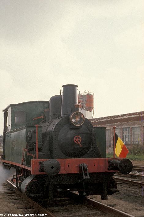 http://www.eisenbahnhobby.de/sncb/83-27_MF33_Mariembourg_25-9-77_S.JPG