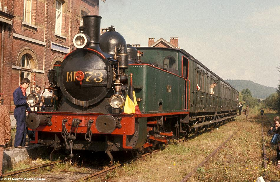 http://www.eisenbahnhobby.de/sncb/83-36_MF73_Treignes_25-9-77_S.JPG