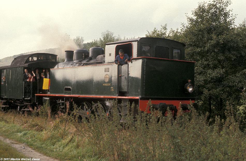 http://www.eisenbahnhobby.de/sncb/83-43_VII_Olloy-sur-Viroin_25-9-77_S.JPG