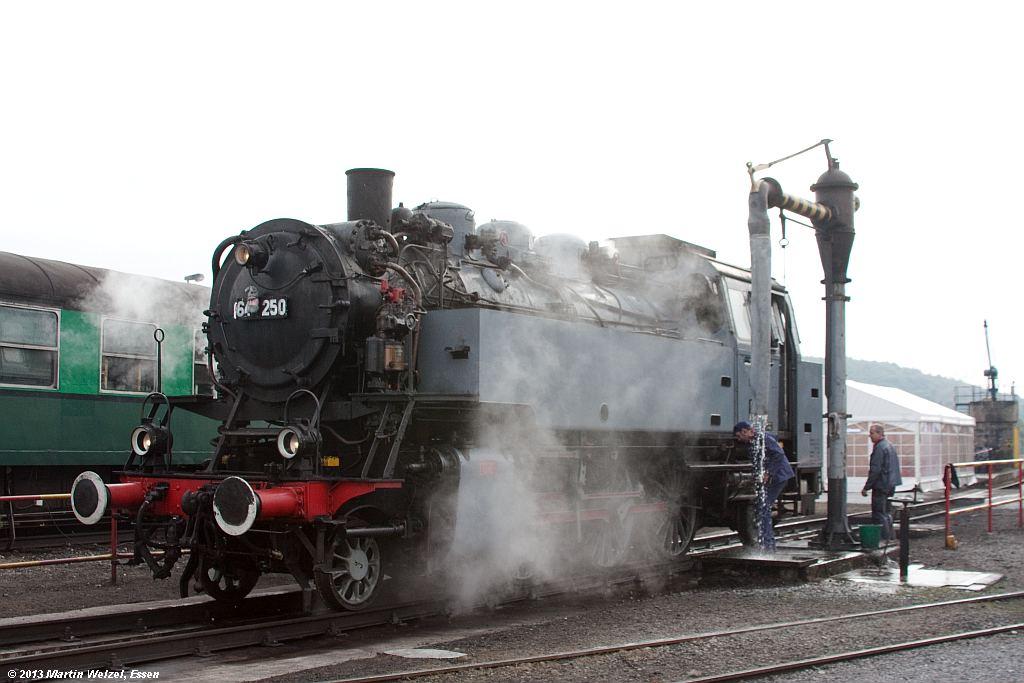 http://www.eisenbahnhobby.de/sncb/Z6428_64250_Mariembourg_21-9-13.jpg