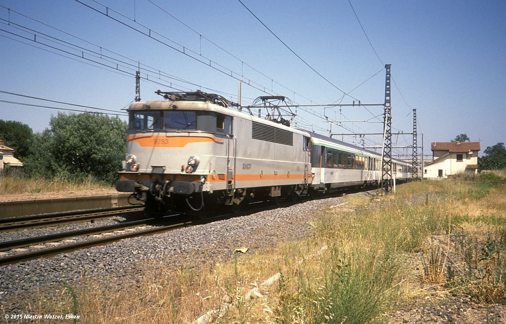 http://www.eisenbahnhobby.de/sncf/279-12_BB9283_Vias_11-7-94_S.jpg