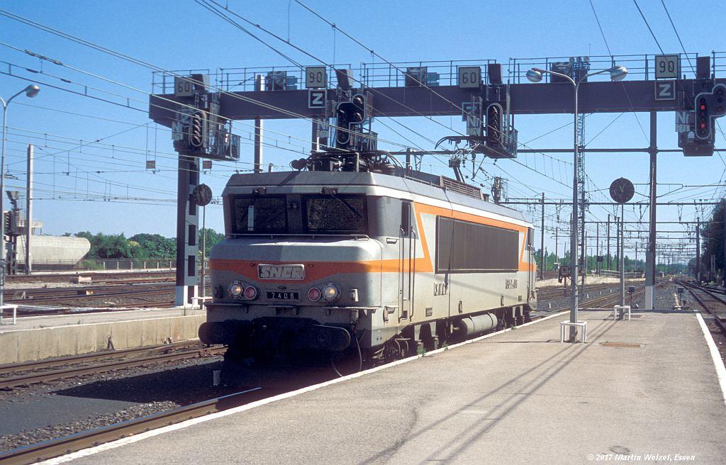 http://www.eisenbahnhobby.de/sncf/362-39_BB7406_Narbonne_1-7-99_S.jpg