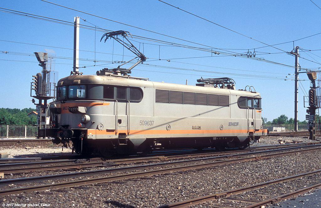 http://www.eisenbahnhobby.de/sncf/362-47_BB509637_Narbonne_1-7-99_S.jpg
