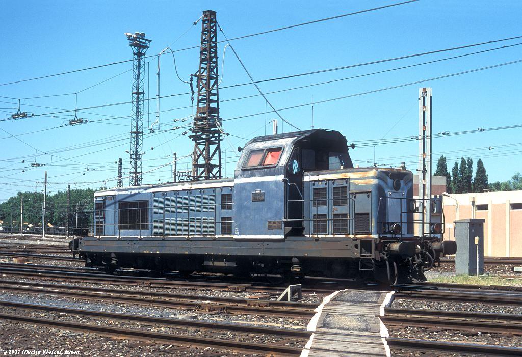 http://www.eisenbahnhobby.de/sncf/363-11_BB66046_Narbonne_1-7-99_S.jpg