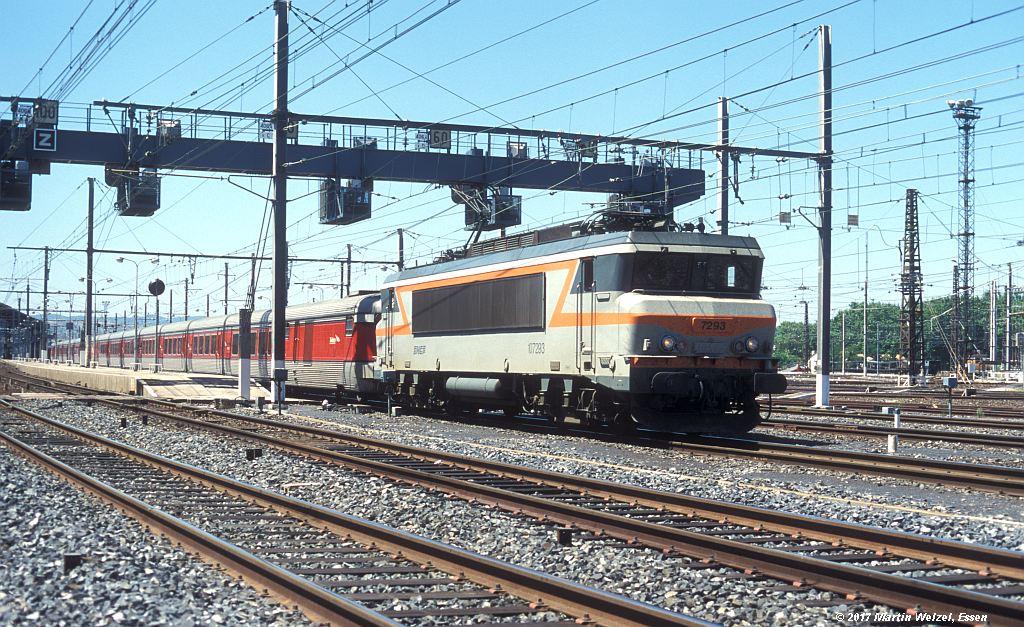 http://www.eisenbahnhobby.de/sncf/363-14_BB107293_Narbonne_1-7-99_S.jpg